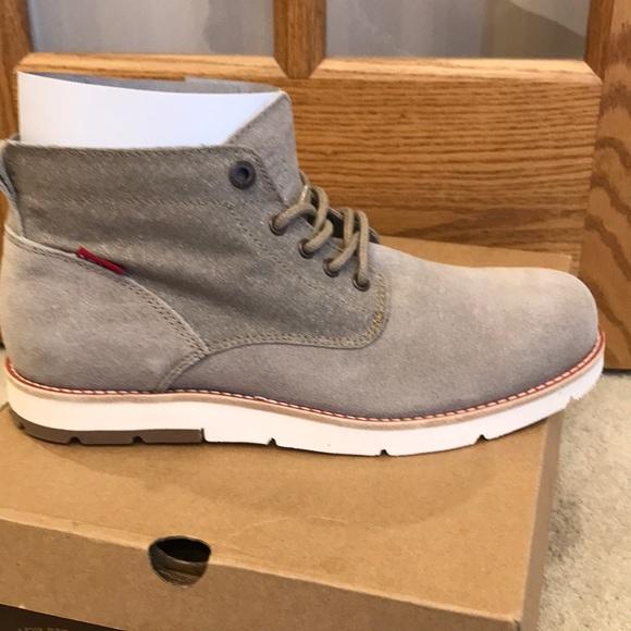 Levi's Jax Chukka Boots NWT